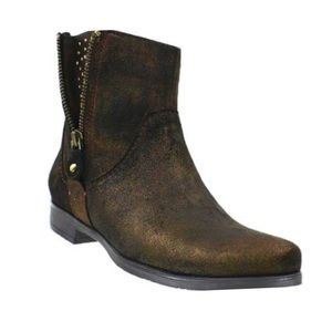 Brand new never worn Earthies Sinatra Rock boots